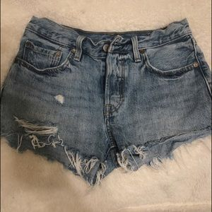Levi's 501 Mid-Rise Denim short - wave line